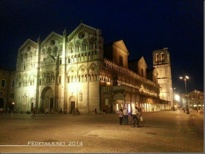 La nuova illuminazione di Piazza Trento Trieste, Ferrara - Property and Copyrights of (c) FEdetails.net 2014