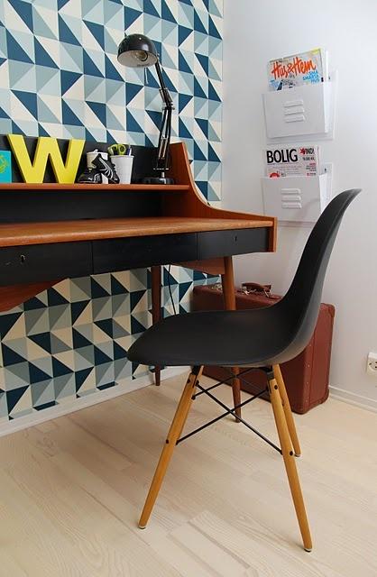 eames chair wallpaper - photo #30