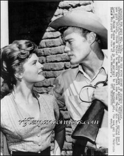 Patricia Blair And Chuck Connors Quot The Rifleman Quot My