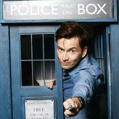 David Tennant in the TARDIS is at the Emerald City Comic Con