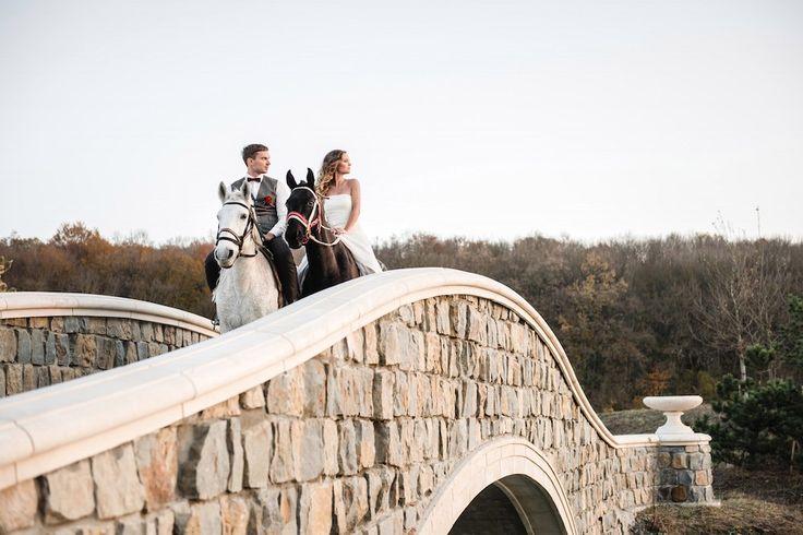 Свадебная фотосессия на мосту Долголетия