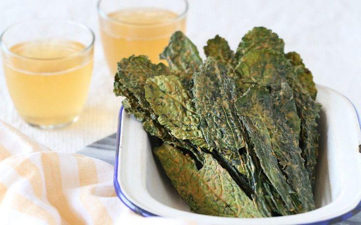 Хрустящие чипсы из капусты кейл | veganolife | Яндекс Дзен