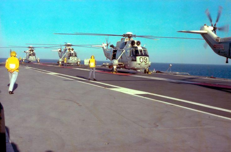 817 Squadron Sea Kings on board HMAS Melbourne in 1980
