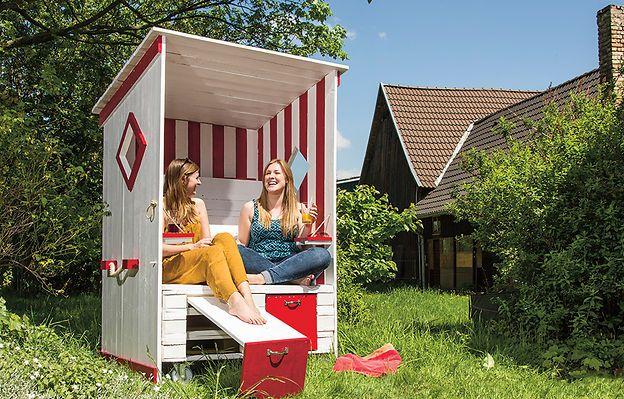 strandkorb aus paletten d i y do it yourself. Black Bedroom Furniture Sets. Home Design Ideas