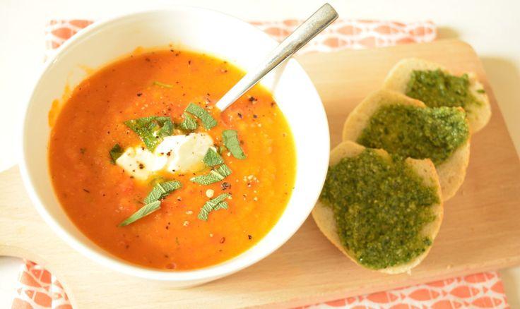 Recept: Zoete aardappel-paprika soep