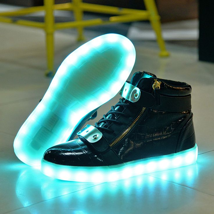 Fashion Men LED Luminous Shoes 7 Colors High Top Casual USB Charging Women Led Light Up Shoes For Adults Leather Glowing Shoes