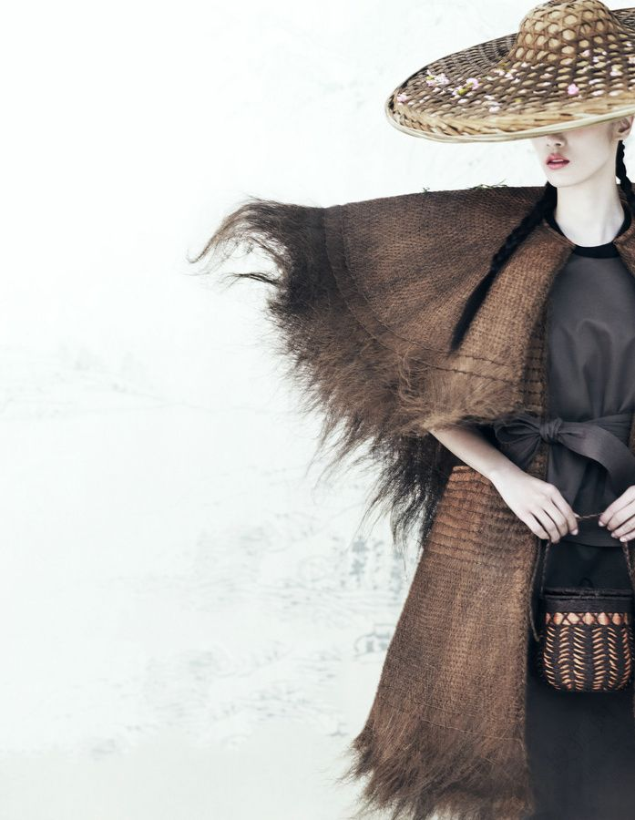 Photographer Yin Chao brings the sensibilities of the East to the West in 'Harmony' http://www.interactchina.com/servlet/the-Ladies-Fashion/Categories