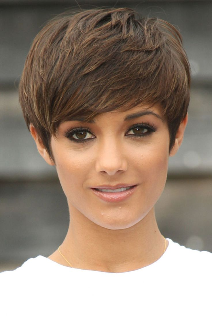 Frankie Sandford's hair color