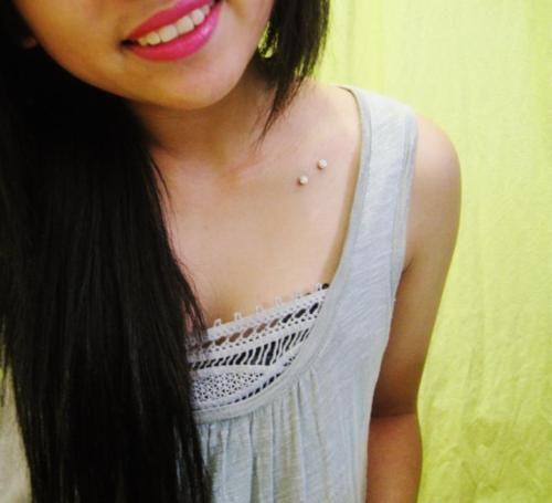 collarbone piercing | Tumblr