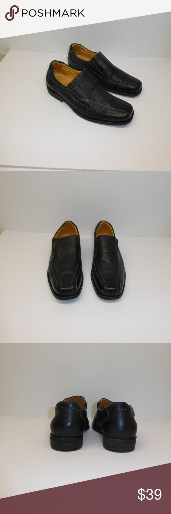 Sandro Moscoloni Black Loafers Size 11D #032 Black leather loafers by Sandro Moscolini.  Size 11D, style #62046.  These are pre-owned shoes in fantastic, nearly new condition. Sandro Moscoloni Shoes Loafers & Slip-Ons