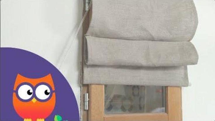Pour assortir les rideaux à la décoration d'une pièce ou créer des panneaux sur mesure aux dimensions des battants de fenêtre, il est possible de confectionner un store vous-même. Réalisés en tissu et montés sur un système de repli, ces stores