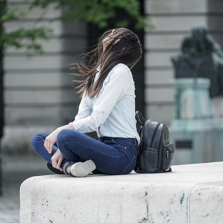 Spring Jeans street fashion #fashion #streetfashion #Jeans #spring #model #streetmodel