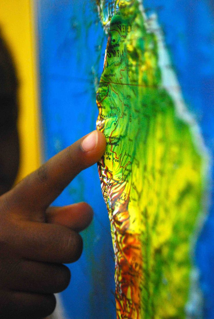Relief Maps are great to use with kids, as a tactile way to teach geography. Nice activities and lessons for preschoolers, kindergarteners, elementary students.