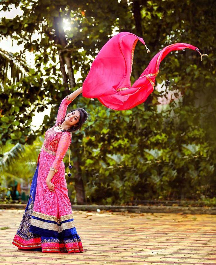 💖Excellent dress and artwork by Daljit's Photography, Amritsar #weddingnet #wedding #india #indian #indianwedding #weddingdresses #mehendi #ceremony #realwedding #lehenga #lehengacholi #choli #lehengawedding #lehengasaree #saree #bridalsaree #weddingsaree #indianweddingoutfits #outfits #backdrops #groom #wear #groomwear #sherwani #groomsmen #bridesmaids #prewedding #photoshoot #photoset #details #sweet #cute #gorgeous #fabulous #jewels #rings #tikka #earrings #sets #lehnga