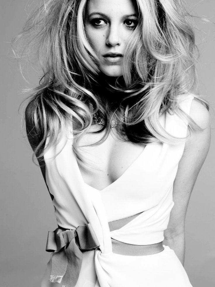 Blake Lively -   Love her style. I wish I had her Gossip Girl wardrobe