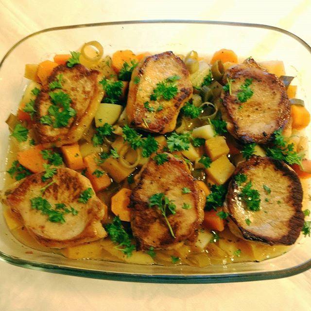 Edel's Mat & Vin : Ovnsbakte svinekoteletter med rotgrønnsaker !