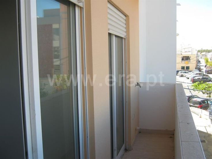 Apartamento  T1 / Vila Real de Santo António, Monte Gordo - Apartamento Novo com 1 quarto. Cozinha Equipada, AC instalado. Com opcção de garagem, apenas  a 200 mts da praia. Localização privilegiada.