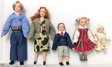 New 5 Piece Dolls House Modern Family Set People Figures Modern 12th Scale