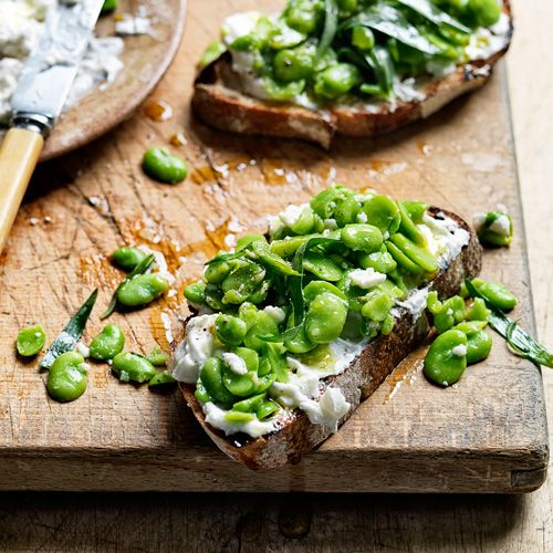 Bruschetta met tuinbonen & feta van Jamie Oliver