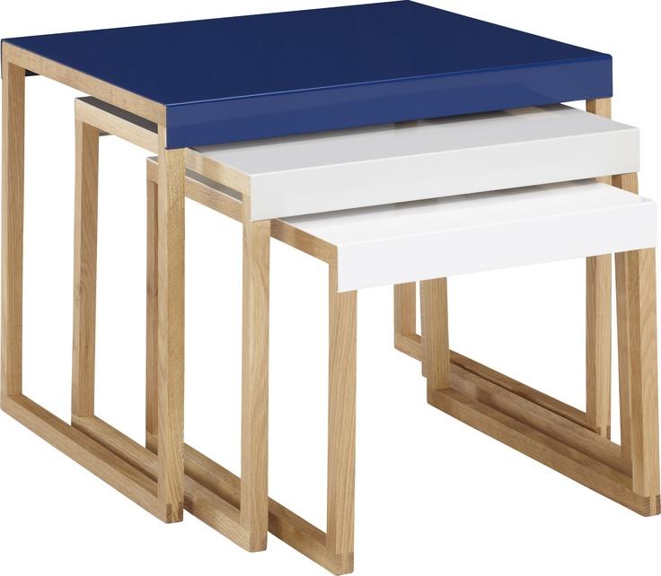 Kilo settebord blå,grå og hvit. Fåes i flere farger. Dimensjoner: Small: W34 x H30 x L42cm. Medium: W42 x H35 x L42cm. Large: W50 x H40 x L42cm. Nå -30% Før kr. 1015,- Nå kr. 710,-