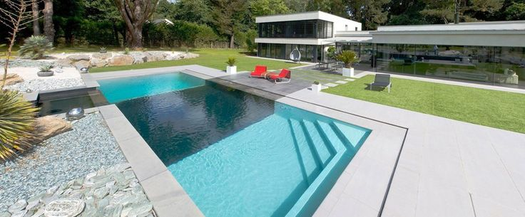 27 best images about piscine miroir on pinterest villas for Revetement piscine miroir