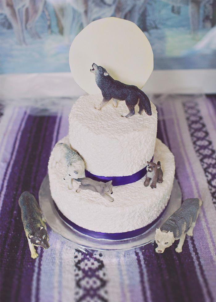 Best 25 Wolf Cake Ideas On Pinterest Puppy Dog Cakes