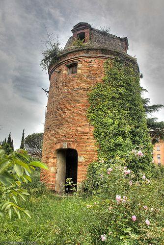 Pigeonnier du Château de Purpan - St. Martin du Touch, Toulousse, Midi-Pyrenees
