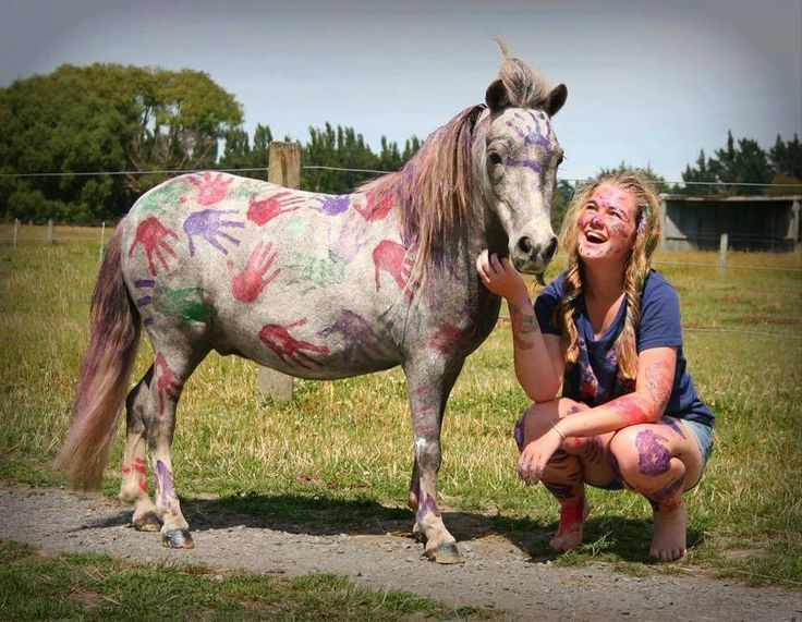 Loving the hand prints on the pony and the joy on her face having fun with Sabella Glitter