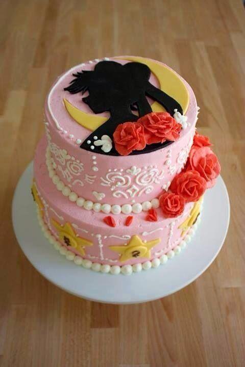 Sailor Moon Cake! I WANT FOR MY BIRTHDAY!