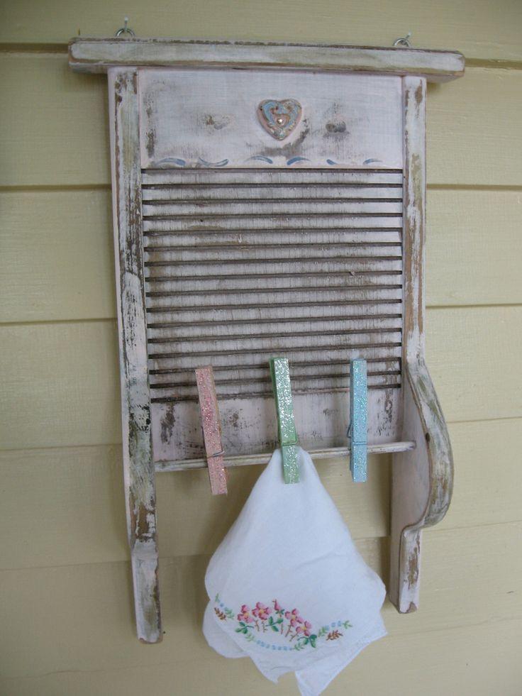 Vintage washboard decor vintage laundry room upcycled for Room decor vintage