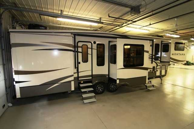 2016 New Keystone Montana 3710FL Fifth Wheel in Iowa IA.Recreational Vehicle, rv, Davenport, Ia Rv Dealership in the Heartland of America, close to you, anywhere. Family owned and operated since 1959. BBB A+ rating, BBB Integrity Award Winner, Top 50 RV Dealer Award Winner
