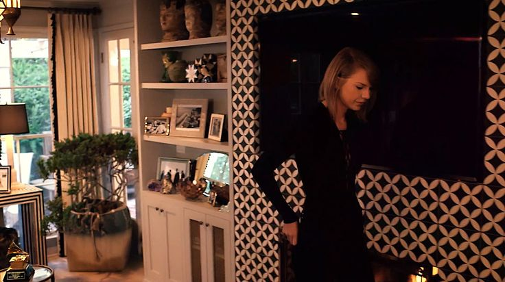 living-gazette-blog-barbara-resende-decor-tour-taylor-swift-home-los-angeles-living