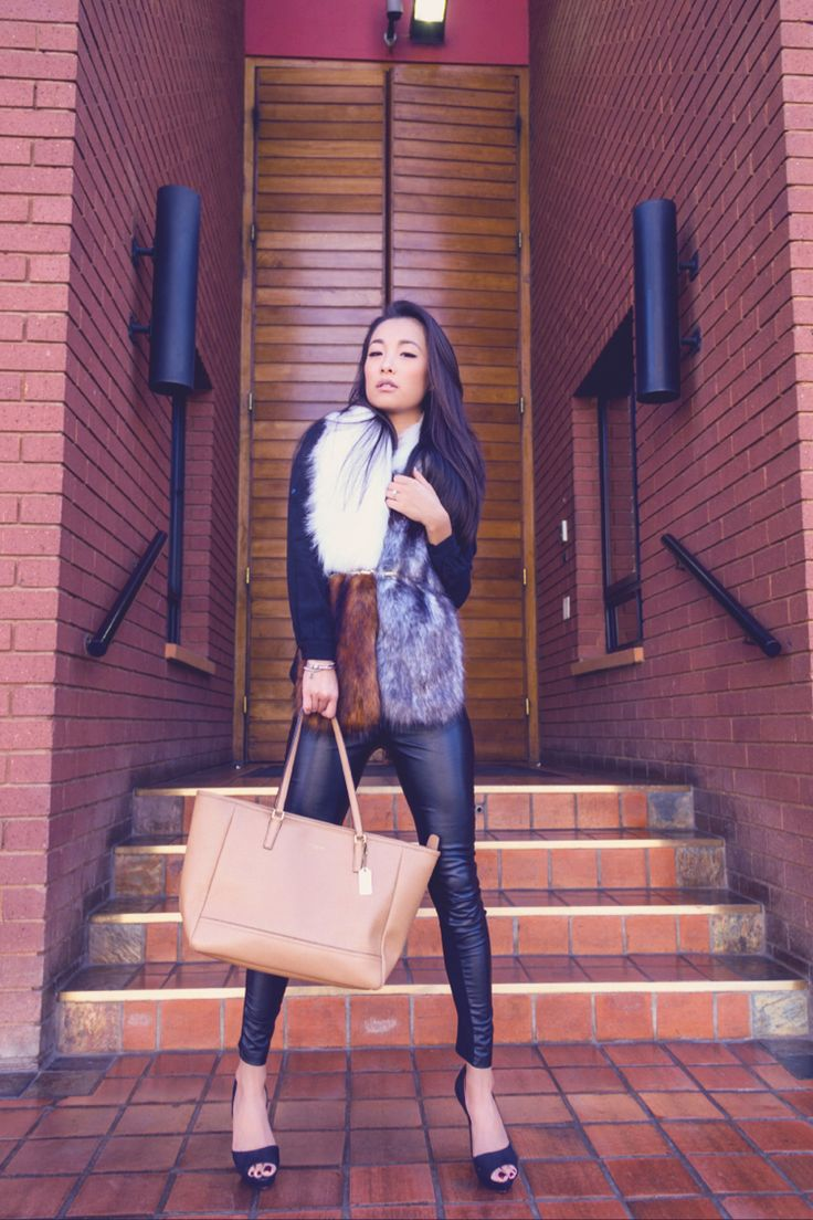 My 5th look in collaboration with Ford: Faux fur stole http://lovemarylu.com/lookbook-faux-fur-stole/