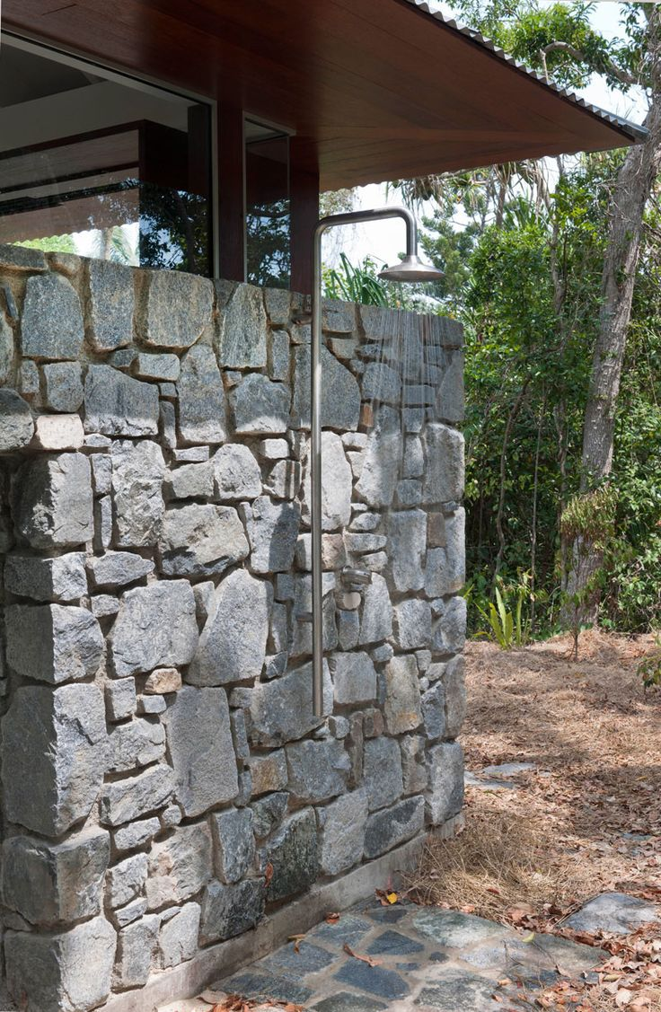 Awesome Examples Of Outdoor Showers