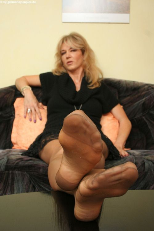 Mature nylon feet videos