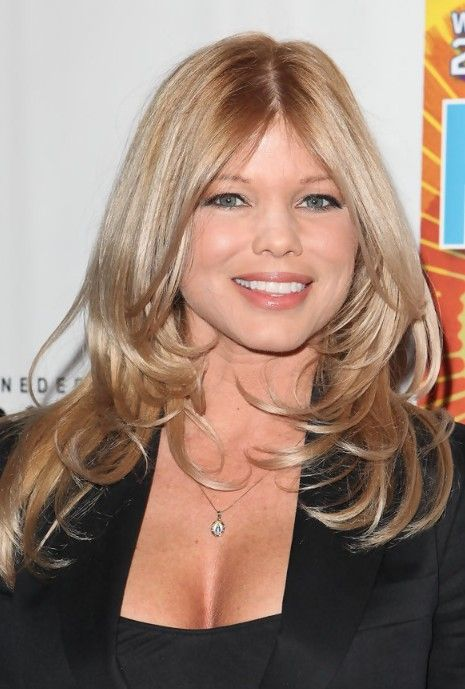 Donna D Errico Shoulder Length Hairstyles With Layers Http