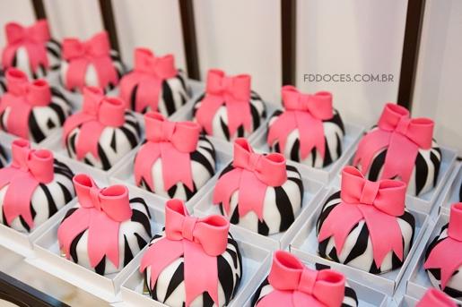 mini bolos presentes zebrados