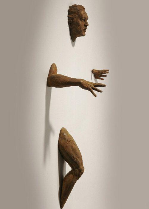 Matteo Pugliese scultore  Prima che sia notte Bronze - 2006