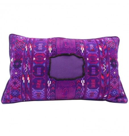Ethnic pillow, made out of a vintage huipil. Completely handmade!