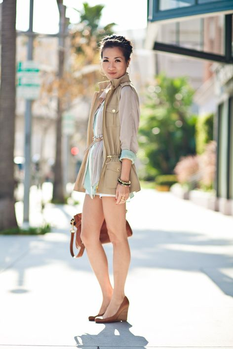Pastels :: Mint blouse & Bisque vest