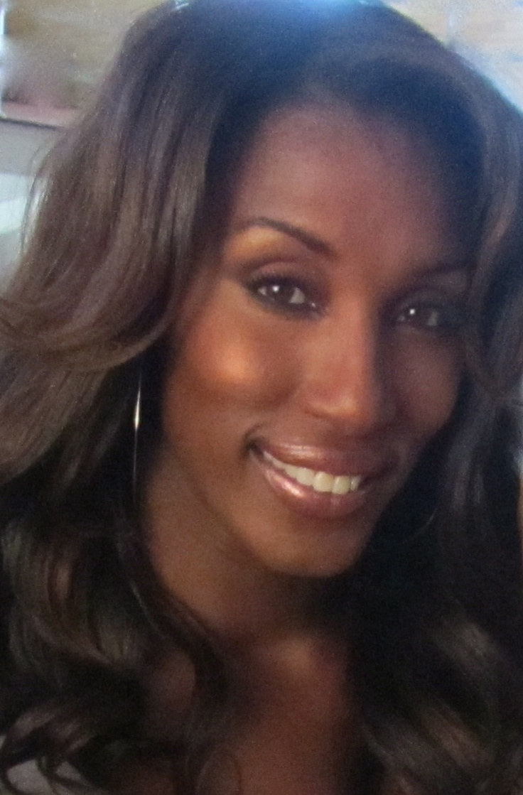 Lisa Leslie most always equate her to her Basketball skills but she truly bought Beauty and Grace to the game along with tenacity