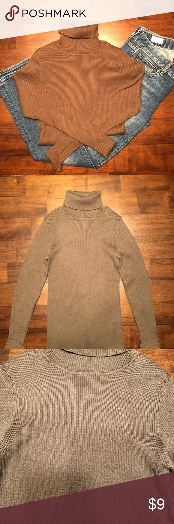 Women's Old Navy Turtleneck Sweater Shirt Size S 100% Cotton with no holes or stains. Chocolate brown in color. Slim, tighter fit. Great for layering under a sweater or vest. Old Navy Tops Tees - Long Sleeve