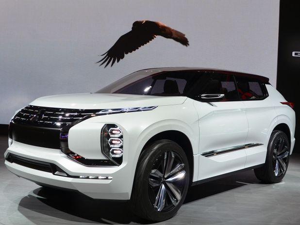 Was ein Koloss! Der Mitsubishi Ground Tourer Concept PHEV auf dem Autosalon Paris 2016! #mitsubishi #suv #geländewagen #studie #groundtourer #concept #phev #autosalon #paris #2016