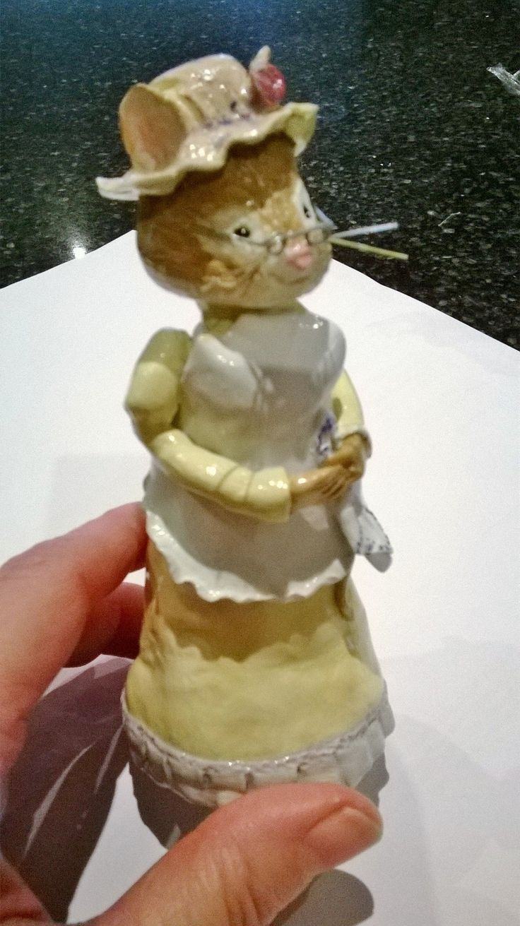 """Nanna Mouse"" adorable clay mouse in 1/12th scale.Hand crafted by Michelle Thomas. visit: manorhousemice.simplesite.com"