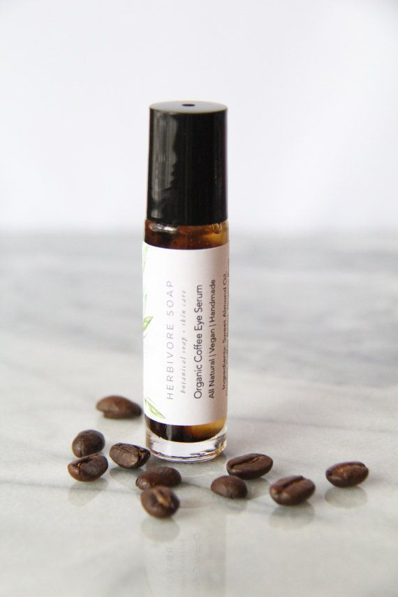 Coffee Under Eye Serum for Puffy Eyes, Dark Circles & Fine Lines! This is a coffee infused eye serum made with organic fair trade coffee, organic rose hips, organic chamomile, organic coffee bean essential oil, and rose essential oil. #AD