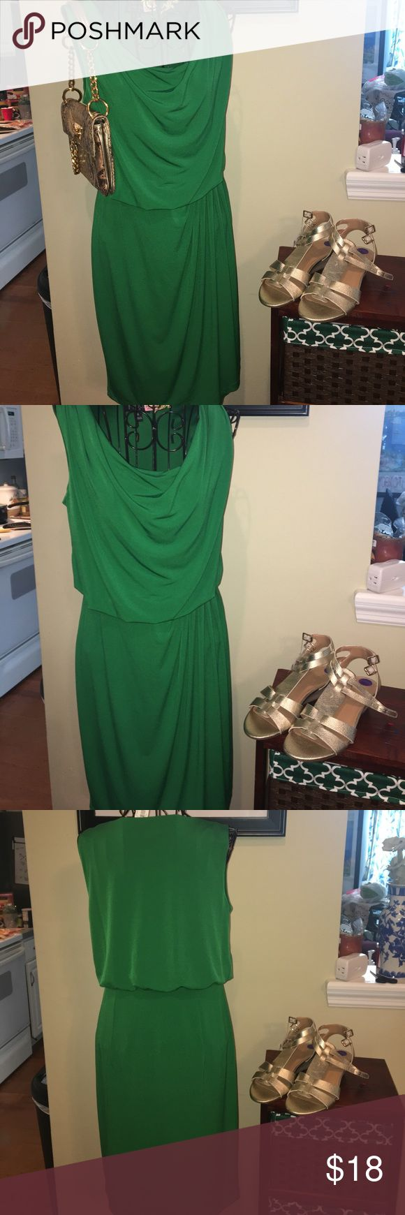 🌹Enfocus Studio Sleeveless Kelly Green dress Sleeveless blouson Kelly green dress with scoop neckline. Gathered at the waist on the left side. Polyester spandex. This dress can be easily dressed up or down and worn year round with sandals or a sweater layered underneath with boots. Enfocus Studio Dresses