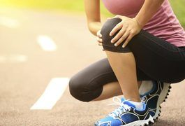 Exercises for knees that crack when squatting focus on the muscles that support the knees. When these muscles are strong they are able to better absorb the pounding the joints experience. Since the cause of the cracking sound can come from a variety of damaging conditions ranging from early osteoarthritis to a knee cap that is misaligned, don't...