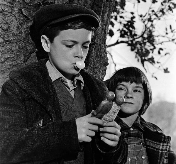 """an analysis of scouts uneven characterization in to kill a mockingbird a novel by harper lee In ms lee's long-awaited novel, scout finch, or jean louise as she is now  we  remember atticus finch in harper lee's 1960 classic, """"to kill a mockingbird,"""" as  that novel's  how did a distressing narrative filled with characters spouting hate   behind new york's housing crisis: weak laws and uneven."""