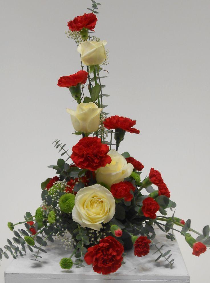 best 25 red carnation ideas on pinterest events hanging flowers and carnation wedding bouquet. Black Bedroom Furniture Sets. Home Design Ideas