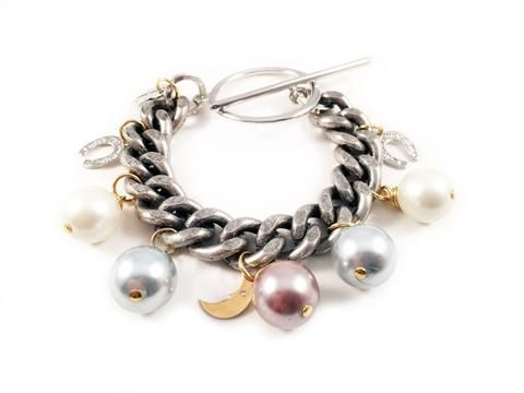 Pearls statement bracelet. Perfect for parties, summer time and gift for her.